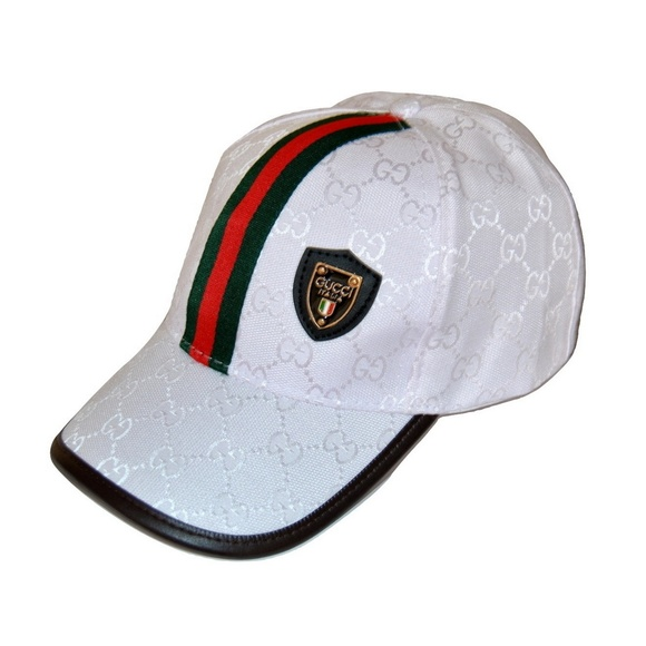 9ee09e074ab Gucci Accessories - Gucci GG canvas hat with Web Italia Soccer Emblem